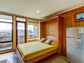 Cómodo departamento en Isla Teja -  Comfortable apartment in Isla Teja