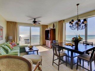 Splash Beach Resort Condo Rental 201E | Lazy River | Mini Waterpark | Arcade