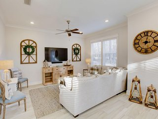 Prominence on 30A ♥ Sea La Vie ♥ Family Friendly Beach House!