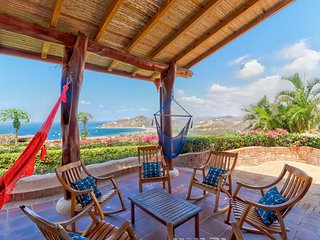 Long-term discounts: Enchanting ocean-view home w/ shared pool & plenty of room!