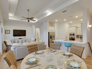 Prominence on 30A ❂ Chelles by the Sea ❂ Beach House