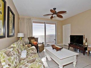 Splash Beach Resort Condo 906W | Lazy River | Mini Waterpark | Arcade