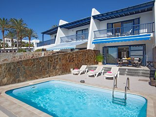 Puerto Calero Villa Sleeps 6 with Pool and Air Con - 5740693