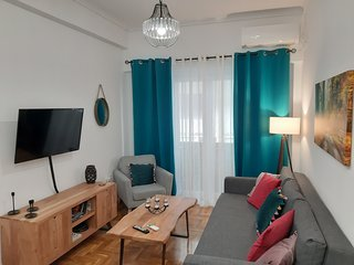 Ideal Apartment in Athens, 5' from metro