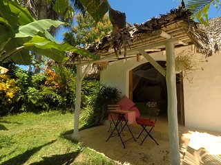 Dream Tropical Cabaña. 2min. Walk to Beach, Town, Restaurants&Bars. Yet Quiet!