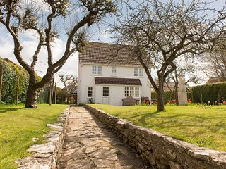 Detached three bedroom Cottage