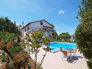 2 bedroom Apartment in Krizanici, Istarska Zupanija, Croatia - 5556008
