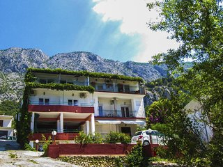 Two bedroom apartment Zivogosce - Porat (Makarska) (A-16289-d)