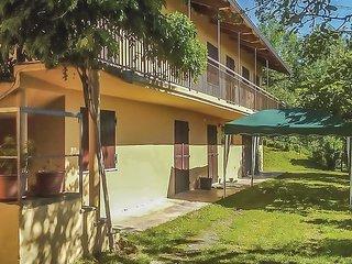 2 bedroom Villa in Belvedere Langhe, Piedmont, Italy - 5741512