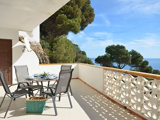 Cozy apartment in Begur with Washing machine, Pool, Terrace