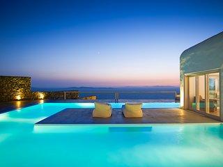 Mykonos Holiday Villa 10520