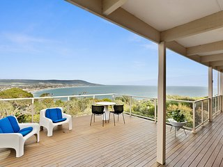 Eclectic Mount Martha - Stunning Bay and Peninsula Views