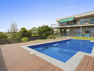 Backyard Beauty with large Pool - Mount Martha