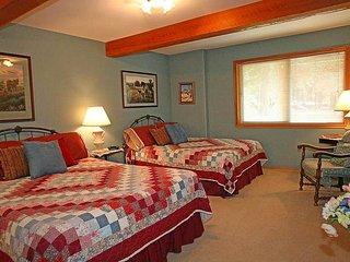 Cozy Room at Western Pleasure Guest Ranch