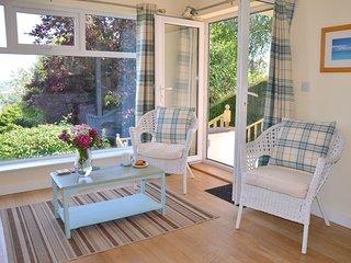 Sleeps 2-4 family-friendly 2 bedrooms 2 bathrooms exclusive use parking + garden