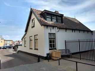 Strandhuis 't Vissershuisje 15 Noordwijk est. 1785