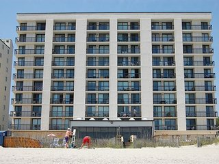 Beautifully decorated & well maintained oceanfront condo in a quiet area