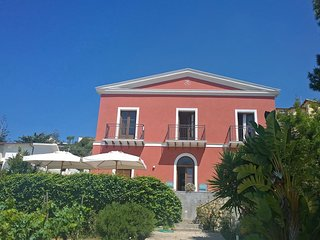 Beachfront Appartement: Villa Principessa