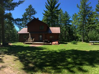 All Season, Family Friendly Vacation Home, Western Upper Peninsula, Sleeps 12