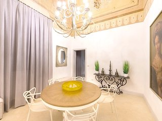Spacious apartment in the center of Sannicola with Parking, Internet, Air condit
