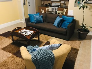 APARTMENT AT ONLY 15 MINS. TO NEW YORK CITY & HOBOKEN*BUSINESS TRAVELERS WELCOME