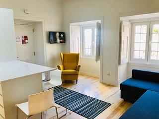 Cozy Lisbon 2 bedroom apartment