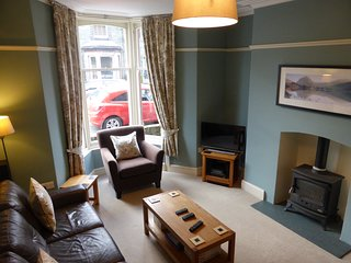 Mona House Keswick - A Family and Group Friendly Lakeland Townhouse in Keswick