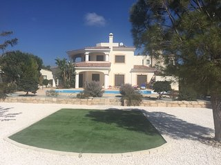 VILLA MAJOR, A SUPER 4 BED DETACHED VILLA WITH PRIVATE POOL IN GREAT LOCATION!
