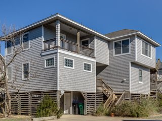Duck Refuge | 175 ft from the beach | Dog Friendly, Community Pool