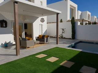 Luxury 3 bed brand new modern villa with private pool -only 400m from beach