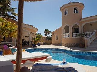 Villa * privat Pool *  WIFI * nahe Torrevieja * Blick auf die Salzlagune *