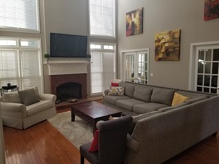 3900 sq ft Superbowl getaway, mins to DT ATL