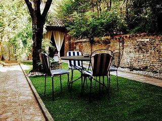GARDEN VITTORIA Un giardino all'ombra del Torrazzo CIR 019036-CNI-00035