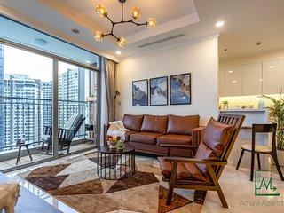 Vinhomes spacious and luxury apt for big group/family w/ Landmark81 views - 4 BR
