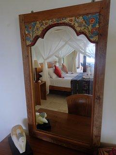 detail second bedroom