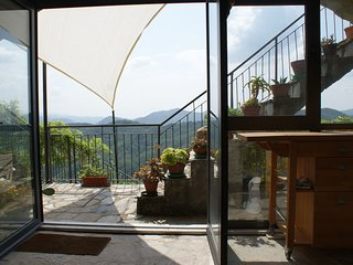 Maissana  Spacious Studio with splendid view, Santa Maria di Maissana, La Spezia
