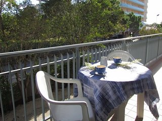 Fantastic Apartment 50 metres from the Beach - Beach Place Included