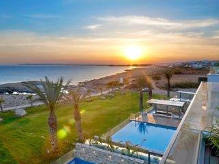 Odysseus Seafront Villa