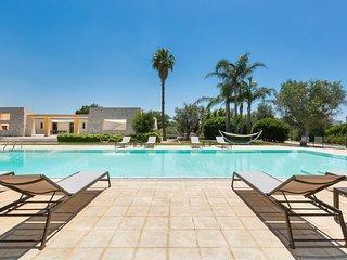 6 bedroom Villa in Casarano, Apulia, Italy - 5743361
