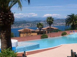 Magnifique Appartement T3 6pers vue mer + terrasse  (vue Baie de Cannes)