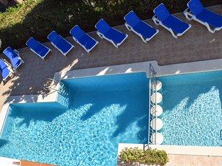 Villa Alexia. Complex (1.3) 10 Apts. Tasteful & Fresh 2 Bedroom Apt. Pool Views