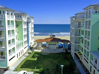 Sweeping Ocean Views and Bay Sunsets, OCEANFRONT. Wrap-around balcony.