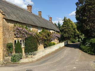 Atherstone Farm Cottage - Atherstone Farm Cottage