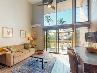 Bright & well-located condo w/ lanai, shared pool -  near the beach