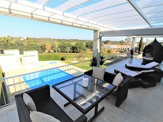 Modern apartment with large terrace in Cabanas de Tavira, Algarve