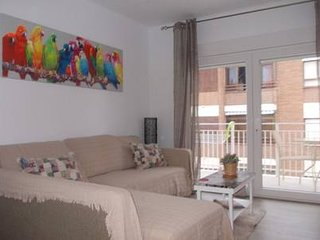 Casa de mar 3 Bedroom apartment minutes to beach.