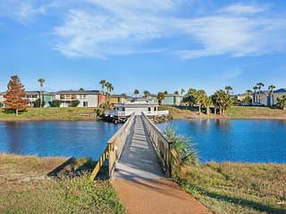 NEW LISTING! Family-friendly lakefront condo w/2 tennis courts & 3 pools