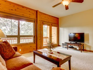NEW LISTING! Dog-friendly condo w/ shared hot tub - near town and hot springs