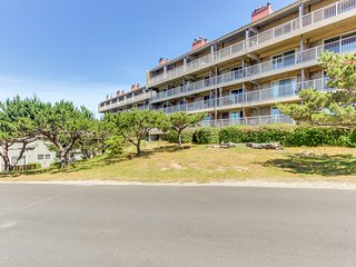 Play golf, then relax at the shared pool and hot tub at this ocean view condo!