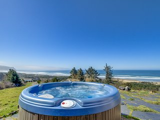Gorgeous oceanfront home with great views, private hot tub!